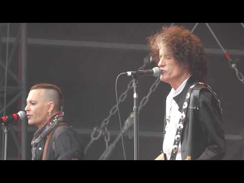 Hollywood Vampires - People Who Died (Live in Prague, Czech Republic 2018)