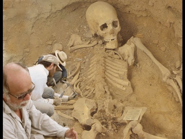 Resultado de imagem para huge human skeleton found at ancient bulgarian fortress