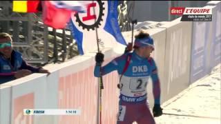 Финиш с флагом Антона Шипулина в эстафете на Чемпионате Мира 2017