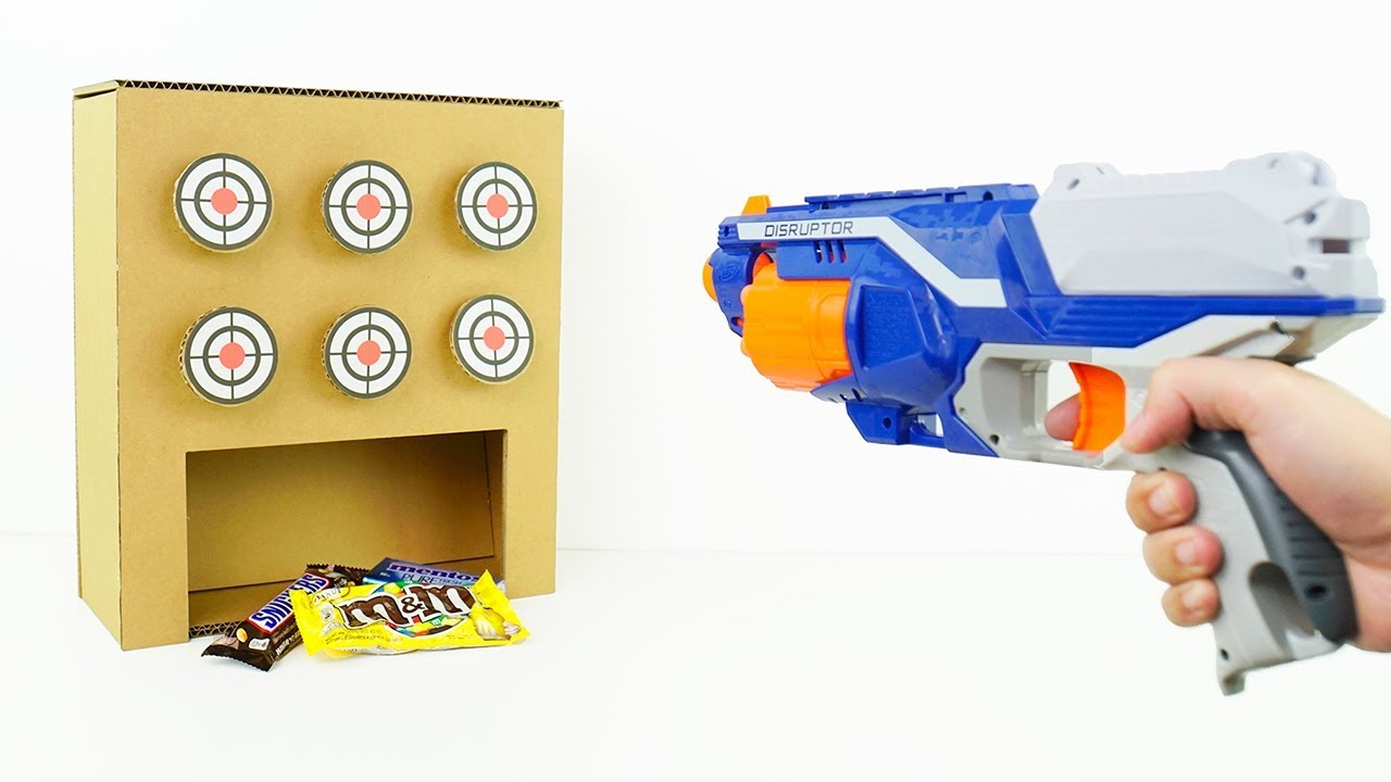 how to make target shooting game win a prize from cardboard youtube. Black Bedroom Furniture Sets. Home Design Ideas