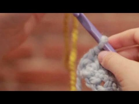 How To Join A New Ball Of Yarn Or Color Crocheting Youtube
