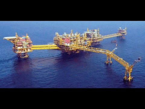 How & Where the Indian Oil Rigs stand on the sea?