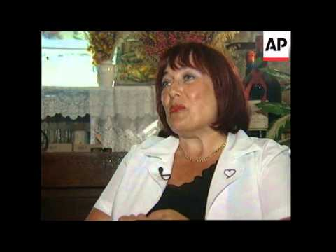 FRANCE: PARIS: PSYCHO CAFE GIVES CUSTOMERS TIME FOR REFLECTION