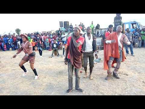 Download ANGALIA FAIBA NA MWANAKWELA WAKICHEZA PAMOJA BY LWENGE STUDIO