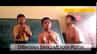 Trio Anak SD Bernyanyi Bikin Merinding, Edisi Indonesia Bersatu !