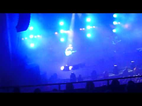 Carter USM Brixton 191111 Falling On A Bruise