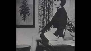 Mireille Mathieu - Les bicyclettes  de Belsize