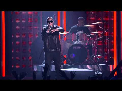 Taio Cruz - Dynamite + Break your heart - [LIVE] (Billboard Music Award) - HD1080 - |HD13|