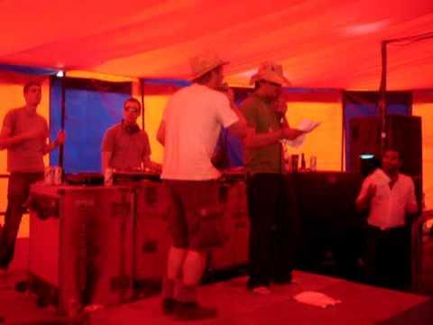 Hip Hop Karaoke Glastonbury 2009 - Juicy