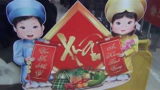 Смотреть видео Выставка Фестиваль вьетнамской уличной еды в ТЦ