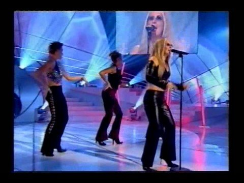 Tracey Quinn as Anastacia on Stars in Their Eyes