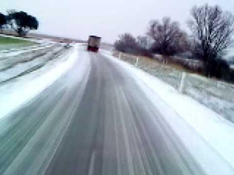 conduite sur la neige en camion partie 2 youtube. Black Bedroom Furniture Sets. Home Design Ideas