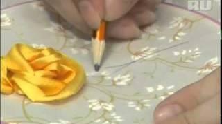 Тютелька в тютельку: Вышиваем розу и ее лист