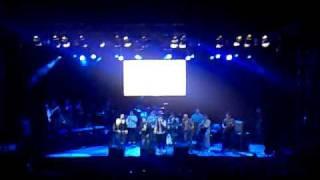 Ella  Guaco ft Gilberto Sta Rosa  Vivo Valencia 11 12 10