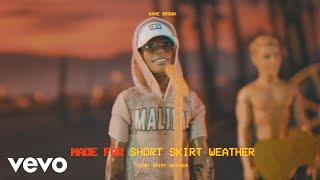 Gambar cover Kane Brown - Short Skirt Weather (Lyric Video)