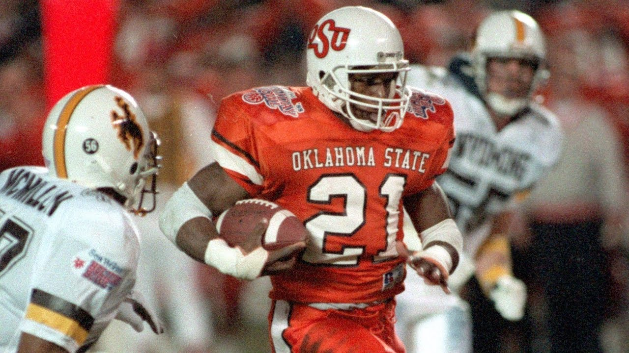 The Greatest Running Back In College Football History Barry Sanders Was Unstoppable