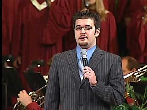 Jonathan Henderson sings