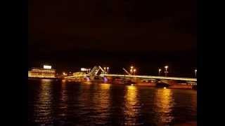Развод мостов в Санкт Петербурге(Ночная экскурсия в Санкт Петербурге на развод мостов., 2015-08-23T08:53:00.000Z)