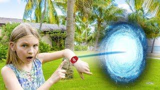 Amelia, Avelina and Akim win a free vacation trip! Magic portal adventure