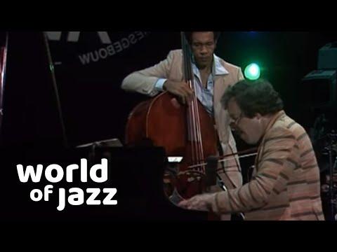 Louis van Dijk & John Clayton in concert at the North Sea Jazz Festival • 18-07-1982 • World of Jazz
