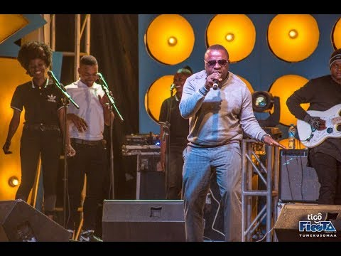 "Mr II ""Sugu"" Afanya Makubwa Jukwaa la Tigo Fiesta Classic Mbeya,"