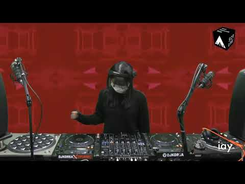iay 120 BPM Atmospheric Techno Set: Taal Seoul | Seoul Community Radio