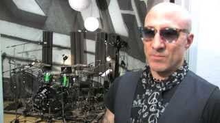 Drummer Kenny Aronoff - AWESOME Drumming - produced/directed by Tony Perri, Surf's Up Studios