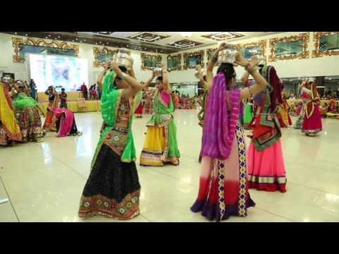 GARBA- MATKA- GUJARAT FOLK DANCE- PATAN SHER NI NAAR. @ RITU'S DANCE STUDIO. SURAT.