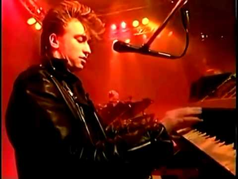 Depeche Mode - A Question Of Time (Live at The Tube Channel 4  28.03.1986 UK)