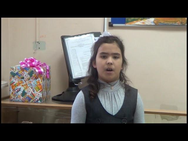 Изображение предпросмотра прочтения – СофьяАлексаночкина читает произведение «Мамины слёзы» ТатьяныЛеонидовныПетуховой