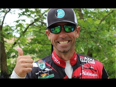 Thumbnail: Catch Everything that Swims - Finesse Jerkbait Fishing with Mike Iaconelli