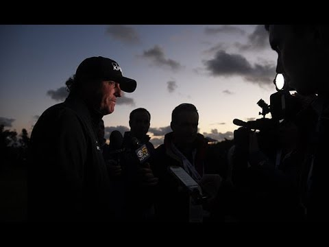 Phil Mickelson on brink of fifth Pebble Beach Pro Am title before darkness sees play Mp3