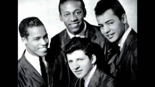 Johnny Maestro & The Crests - It Must Be Love