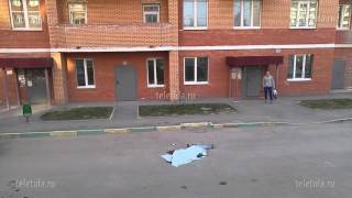 С 16-этажки на ул. Металлургов в Туле упал мужчина