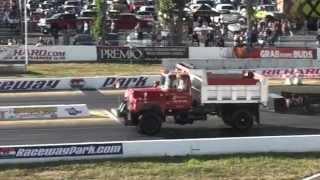 Diesel Dump Trucks Drag Racing 1/4 Mile
