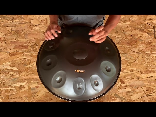 Soyuz Handpan D Celtic Minor