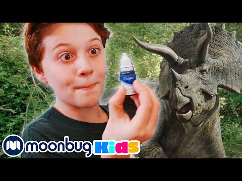 Dinosaurs And Germ At T Rex Ranch | Jurassic Tv | Dinosaurs And Toys | T Rex Family Fun