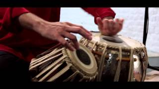 « Beat and Strings » : Indian music for concerts and events. (Use headphones or stereo speakers)