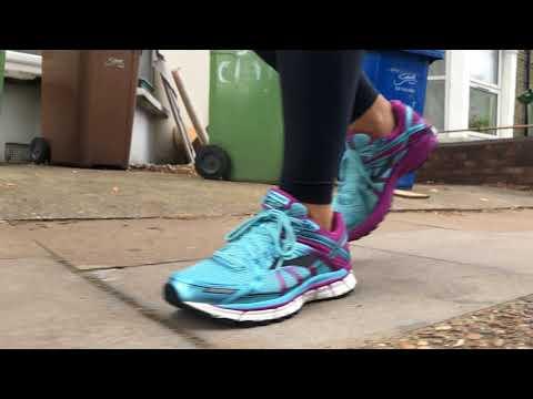 women's-brooks-adrenaline-gts-17-(iceland-blue/hollyhock/black)-slo-mo