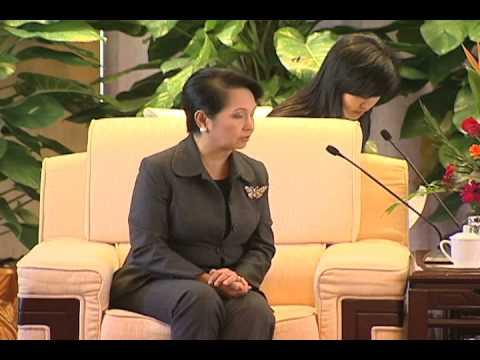 Meeting with Hubei Governor Li Hongzhong
