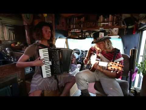 Scallywagon Live on The Free Tea Bus!