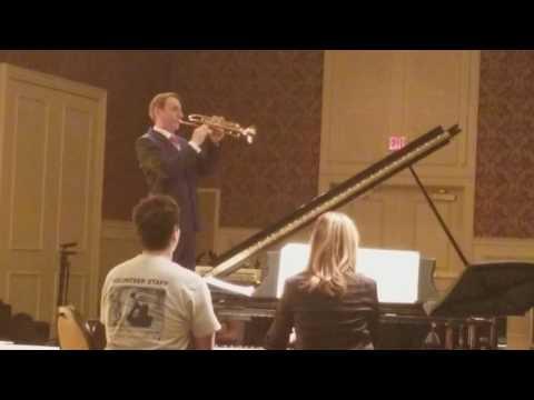 Allen Vizzutti dropped his trumpet!!