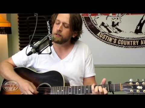 Hayes Carll performs The Magic Kid on KOKE-FM