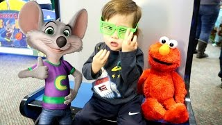 ELMO GOES TO CHUCK E CHEESE Toy Surprise Family Fun for kids
