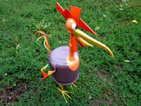 Петух из металлического чайника.Metal rooster