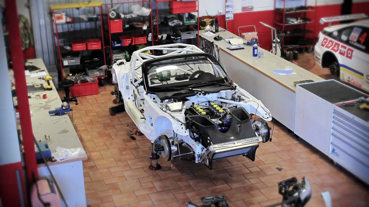 Bmw Z4 Gt3 Car Assembly Hd Time Lapse Youtube