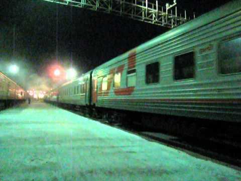 2тэ10м с поездом № 325 Хабаровск-Нерюнгри ст.Тында