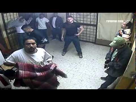 Özgecan Arslan KatiLİ Cezaevinde mahkumlar tarafından Dövüldü
