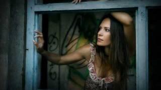 Tears For Fears ft.Oleta Adams- Woman In Chains.