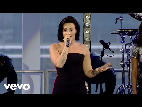 Demi Lovato - Neon Lights (Demi Live in Brazil)